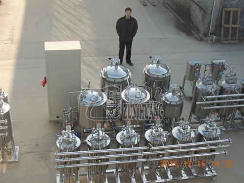 中心 > 青岛啤酒小试车间设备 四,产品规格 本公司也可根据各各科研